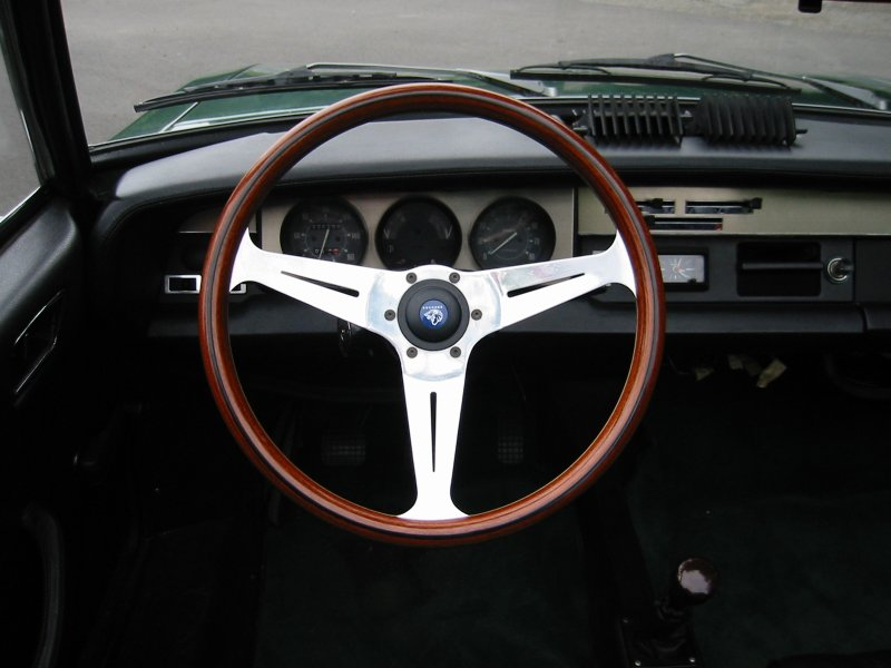 Virtual tuning custom volvo 240 fiat panda abarth 1963 for Interieur 306